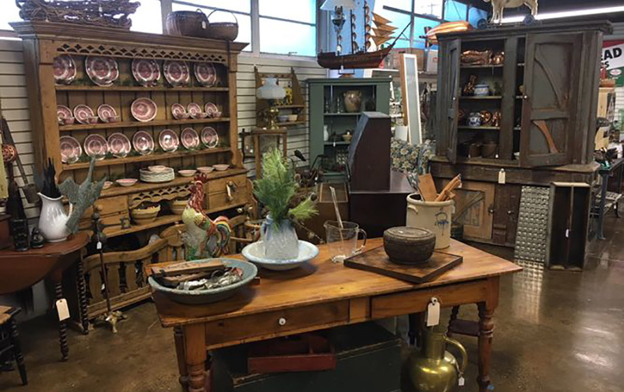 Elk Rapids Antique Market